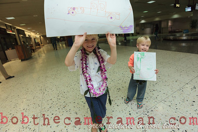 IMG_0752-John Schimmelmann-military homecoming-Honolulu International Airport-Hawaii-May 2013