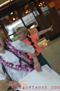 IMG_2345-John Schimmelmann-military homecoming-Honolulu International Airport-Hawaii-May 2013