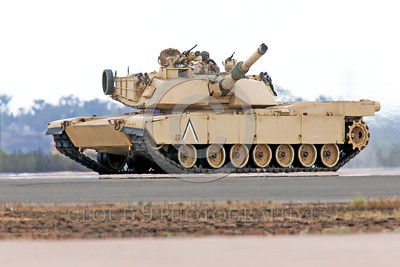 M1 Abrams 00007 The General Dynamics Land Systems M1 Abrams main battle tank has an advanced computer fire control system which enables it to fire the canon accurately while moving, factoring in many variables, armor picture by Peter J  Mancus