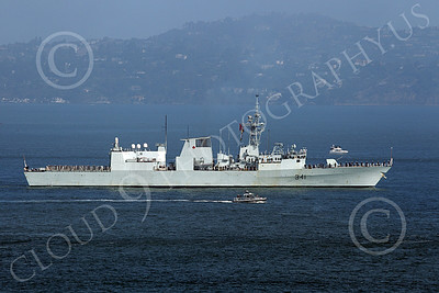 FWS 00012 Canada's Halifax-class frigate HMCS OTTAWA (FFH 341) in San Francisco Bay for Fleet Week with a small US Navy greeting escort, by Peter J Mancus