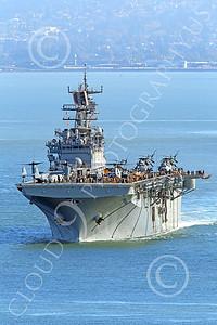 USNWS 00108 The USS Bonhomme Richard (LHD-6), a US Navy amphibious assault ship, under power in San Francisco Bay, by Peter J Mancus
