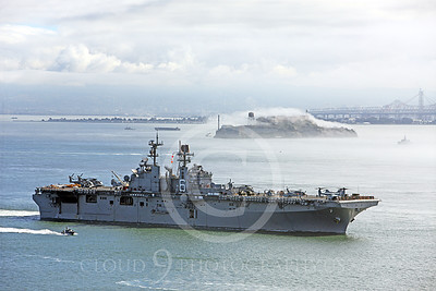 USNWS 00078 The USS Bonhomme Richard (LHD-6), a US Navy amphibious assault ship, sails pass Alcatraz Island in San Francisco Bay, by Peter J Mancus