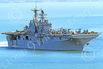 USNWS 00057 The USS Bonhomme Richard (LHD-6), a US Navy amphibious assault ship, under power in San Francisco Bay, by Peter J Mancus