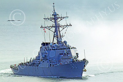 USNWS 00082 Quarter front view of the US Navy's USS Milus, (DDG-69), an Arleigh Burke-class Aegis guided missile destroyer, in San Francisco Bay, by Peter J Mancus