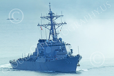 USNWS 00098 Quarter front view of the US Navy's USS Milus, (DDG-69), an Arleigh Burke-class Aegis guided missile destroyer, in San Francisco Bay, by Peter J Mancus