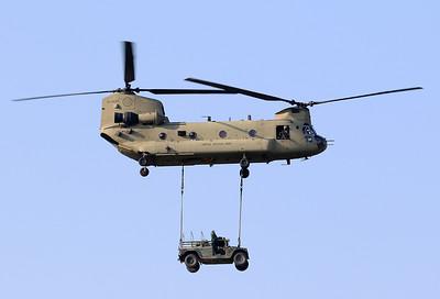 20200810_SJ_US_CH-47F_13-08132_Slingload_8382