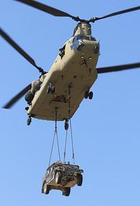 20200810_SJ_US_CH-47F_13-08133_Slingload_8844