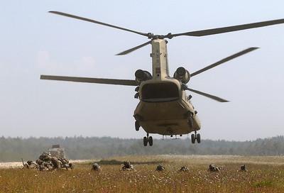 20200810_SJ_US_CH-47F_13-08135_8967