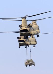 20200810_SJ_US_CH-47F_13-08135_Slingload_8414