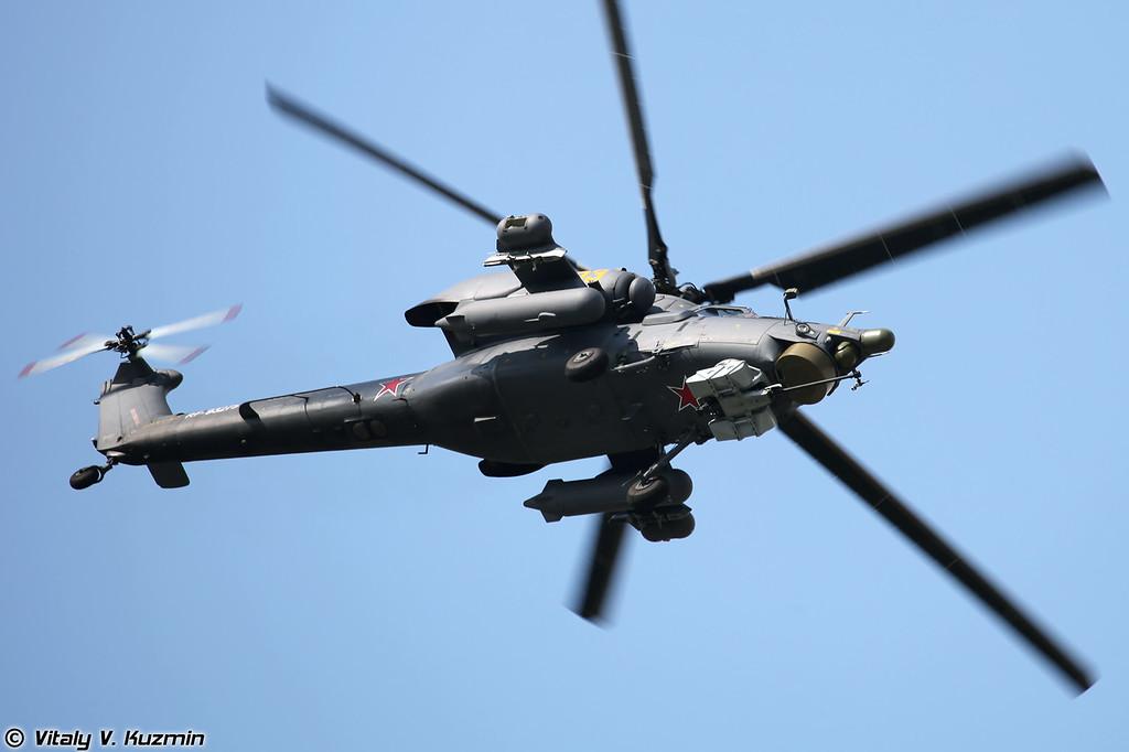 Пилотажная группа ВВС России Беркуты на вертолетах Ми-28Н (Russian Air Force aerobatics team Berkuti with Mi-28N helicopters)