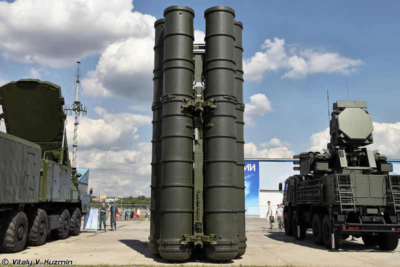 Пусковая установка 5П85СЕ2 из состава ЗРС С-300ПМУ2 Фаворит (5P85SE2 transporter erector launcher from S-300PMU2 system)