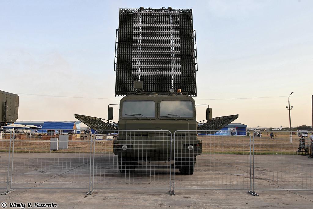 Радиолокационный комплекс 55Ж6М (55Zh6M Nebo-M mobile multiband radar system)<br /> Радиолокационный модуль дециметрового диапазона волн РЛМ-Д комплекса 55Ж6М (RLM-D radar)