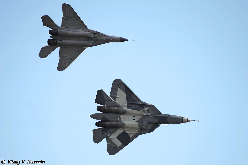 Т-50 и МиГ-29М2 (T-50 and MiG-29M2)