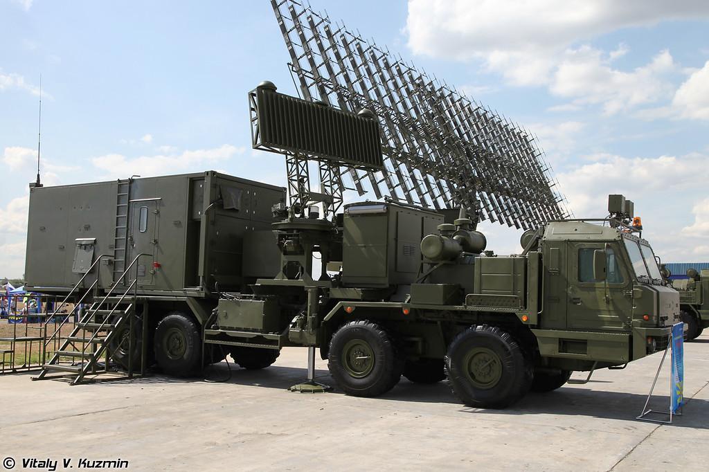 Радиолокационный комплекс 55Ж6М (55Zh6M Nebo-M mobile multiband radar system)<br /> Кабина управления КУ-РЛК (KU-RLK control post)