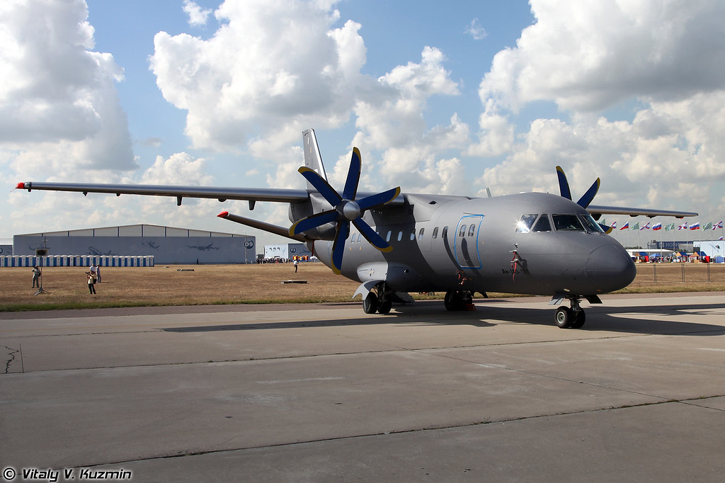 Ан-140-100 (Antonov An-140-100)