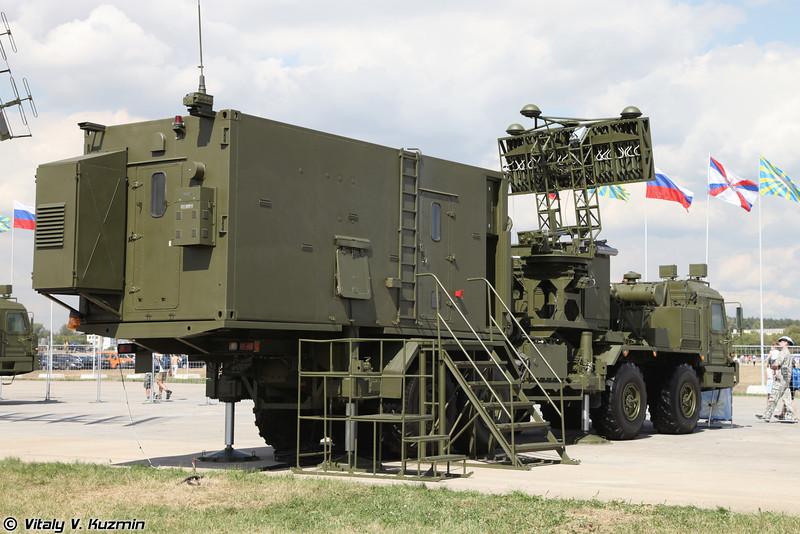 Радиолокационный комплекс 55Ж6М (55Zh6M Nebo-M mobile multiband radar system)<br /> Кабина управления КУ РЛК (KU RLK control post)