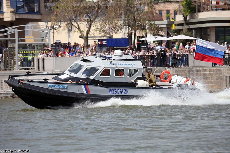 Катер РИФ 112 СК (RIF 112 SK boat)