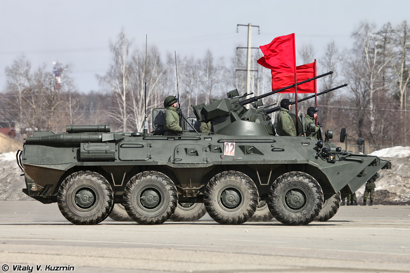 В этом году впервые в военном параде принимают участие модернизированные бронетранспортеры БТР-82А из состава 27 отдельной мотострелковой бригады (BTR-82A from 27th Separate Motor Rifle Brigade took part for the first time the the Parade)