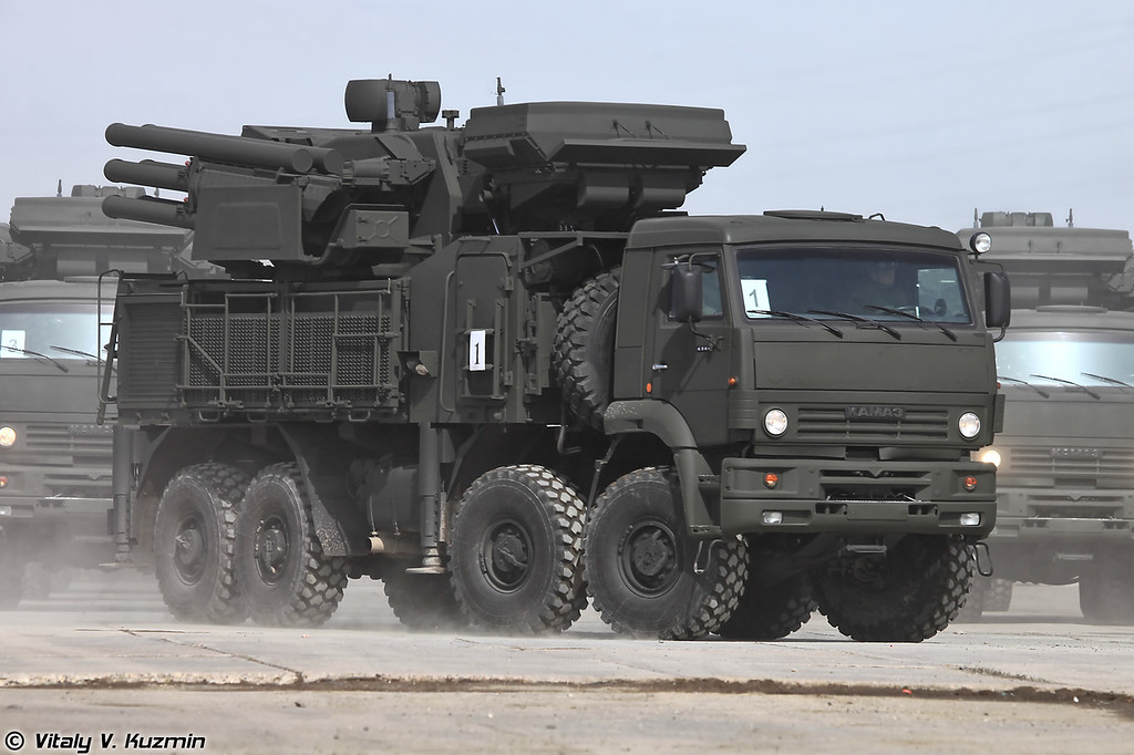 ЗРПК 96К6 Панцирь-С1 (96K6 Pantsir-S1 transporter launcher and radar)