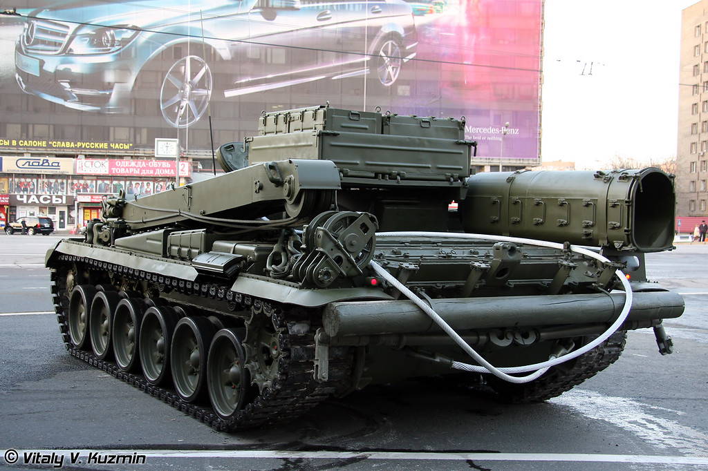 Бронированная ремонтно-эвакуционная машина БРЭМ-1 (Armoured recovery vehicle BREM-1)