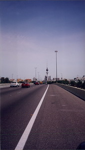 2002-04 The road into Kuwait City