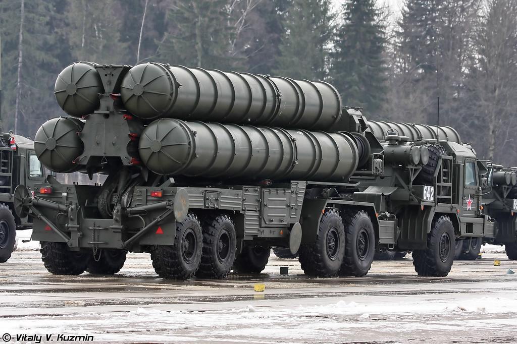 Пусковая установка 5П85Т2 ЗРК С-400 Триумф (5P85T2 TEL for S-400 Triumph air defence system)