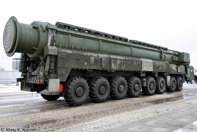 Пусковая установка комплекса РТ-2ПМ2 Тополь-М (RT-2PM2 Topol-M TEL)