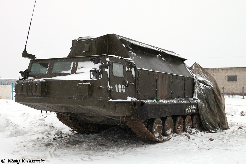 Командный пункт 9С457. (9S457 self-propelled command post.)