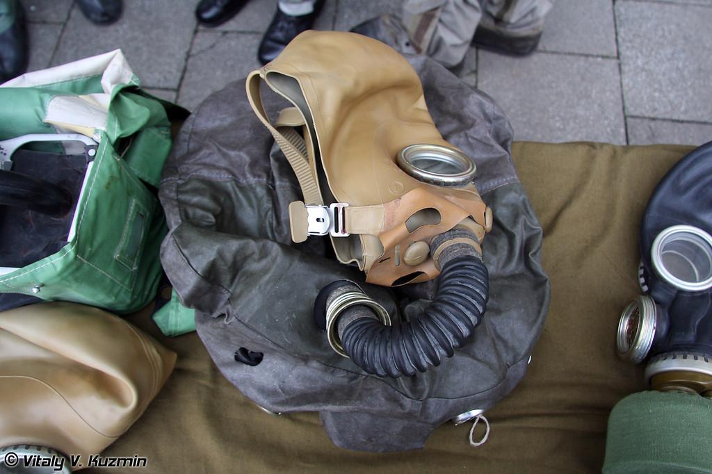 Изолирующий дыхательный аппарат ИП-5 (IP-5 gas mask)