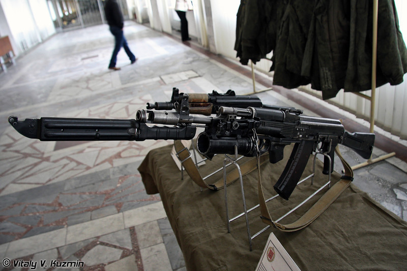 АК-74М с подствольным гранатометом ГП-25 (AK-74M with GP-25 grenade launcher)