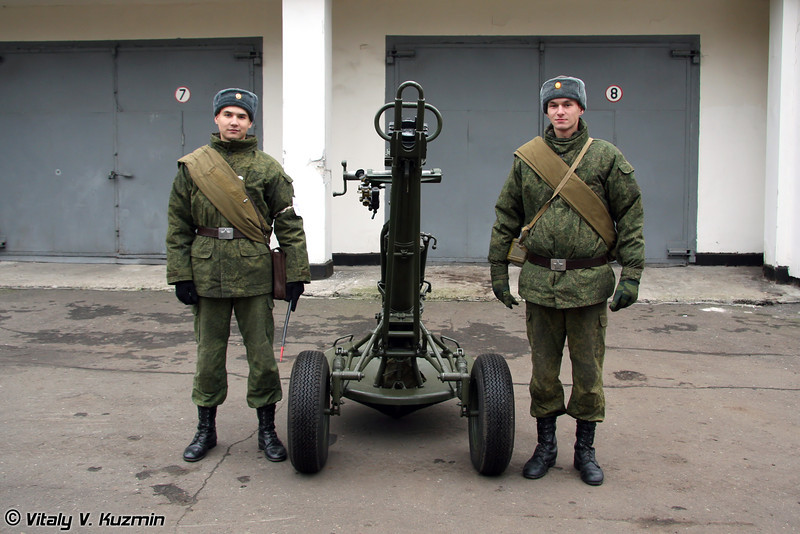 120-мм миномет 2С12 Сани (120-mm 2S12 Sani mortar)