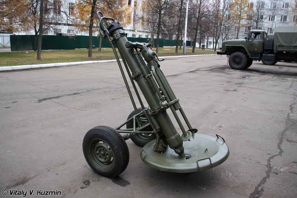 120-мм миномет 2С12 Сани (120-mm 2S12 Sani mortar)