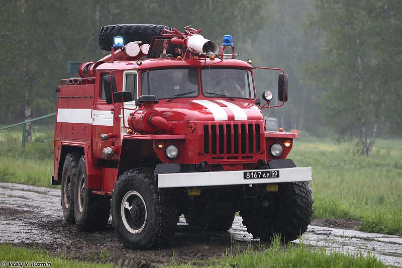 Автоцистерна пожарная АЦ-5,5 (ATs-5,5 fire truck)