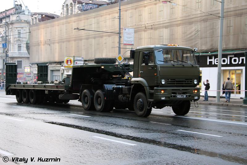 КАМАЗ-65225 с полуприцепом (KAMAZ-65225 carrier)