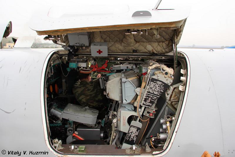 Кабина Ту-22М3 - Место штурмана-оператора (Tu-22M3 cockpit - Navigator-operator panel)