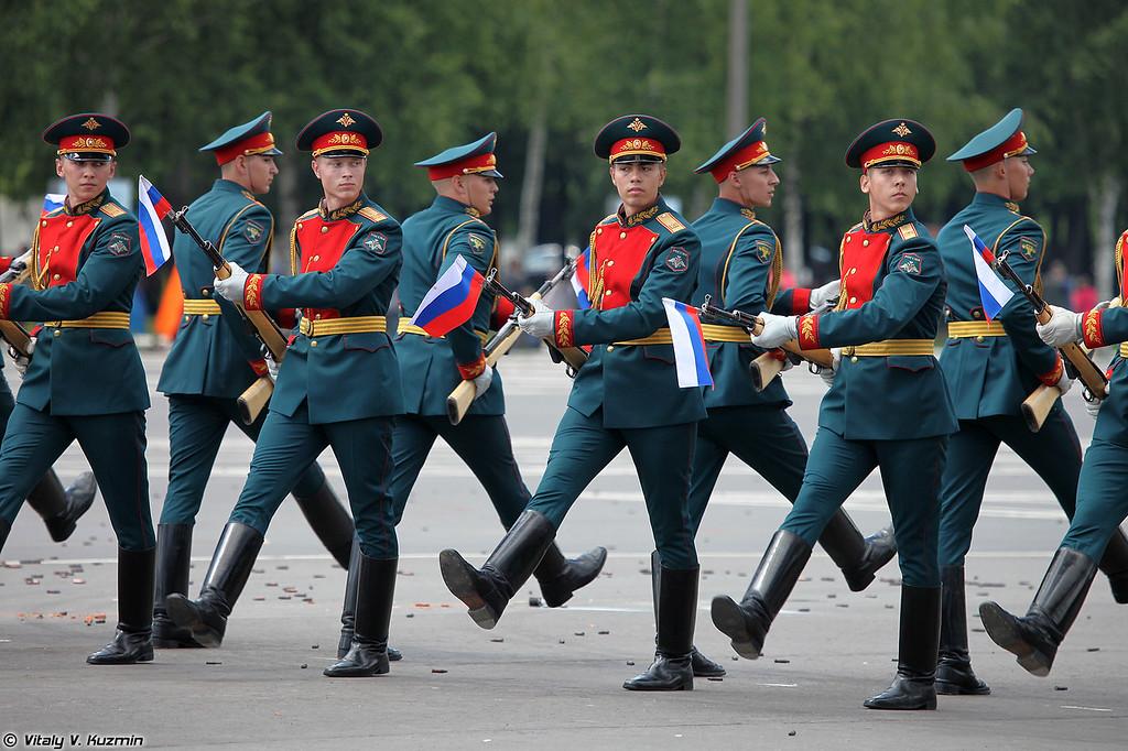 Выступление роты почетного караула 154-го отдельного комендантского Преображенского полка (154th Independant Preobrazhensky Commandant Regiment Honour Guards show)