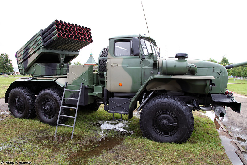 Боевая машина БМ-21-1 РСЗО 9К51 Град (BM-21-1 combat vehicle 9K51 Grad MLRS)