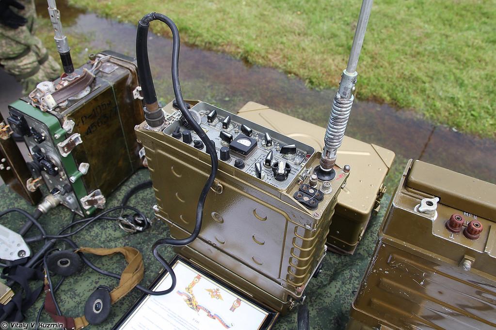 Радиостанция Р-143 (R-143 radio)