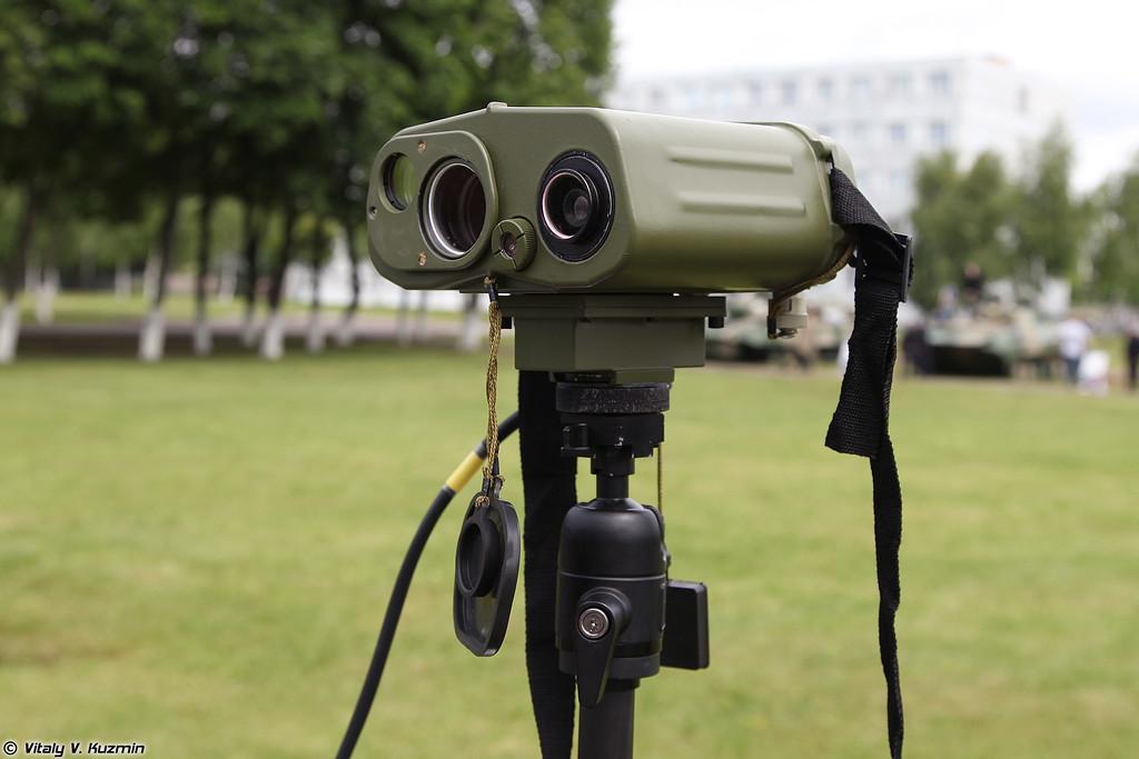 Прибор дальномерно-угломерный ПДУ-4 (PDU-4 rangefinder)