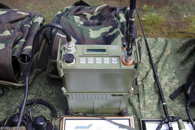 Радиостанция Р-168-5УН-1 (R-168-5UN-1 radio)