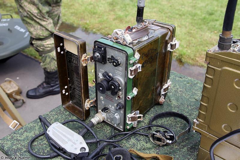 Радиостанция Р-105М (R-105M radio)