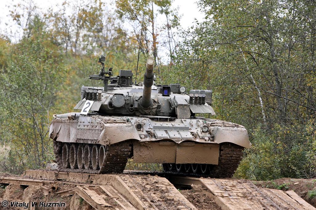 Танк Т-80У 4-й гвардейской Кантемировской танковой дивизии (T-80U main battle tank of 4th Guards Kantemirovskaya Tank Division)