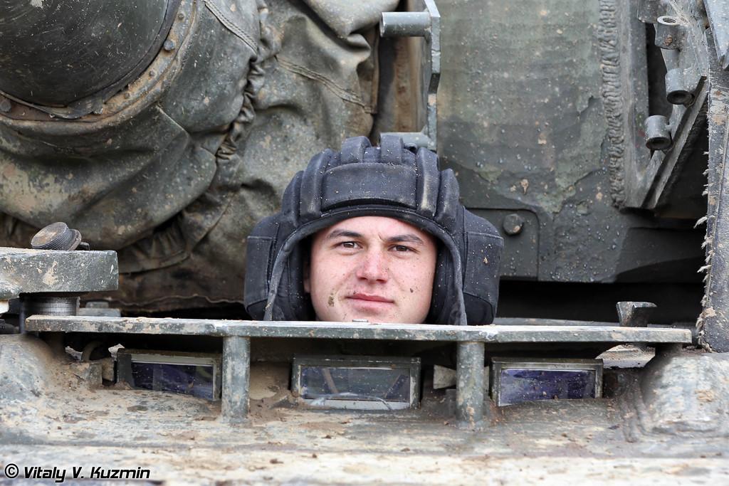 Механик-водитель Т-80 (T-80 driver)