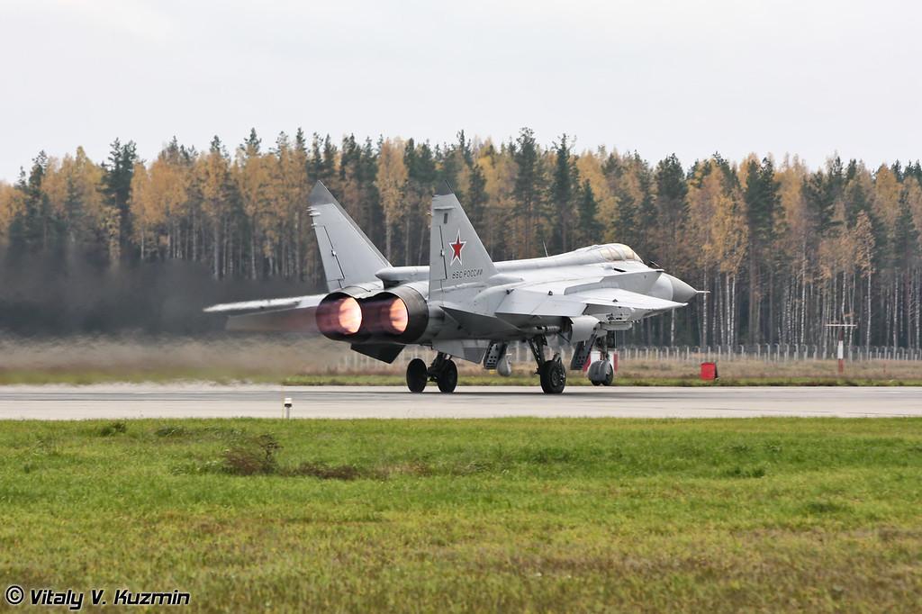 МиГ-31 бортовой номер 31 Красный (MiG-31 31 Red)