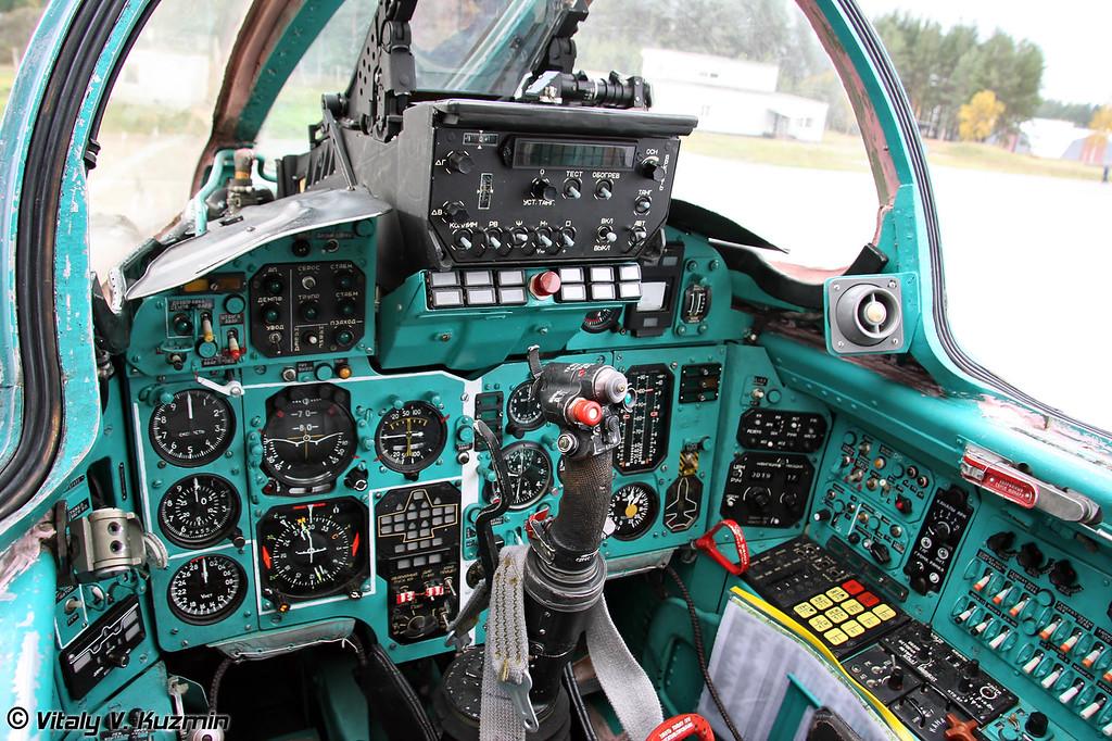 Кабина командира корабля МиГ-31 (MiG-31 first pilot cockpit)