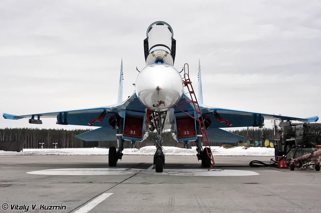 Су-27 бортовой номер 21 Красный (Su-27 21 Red)