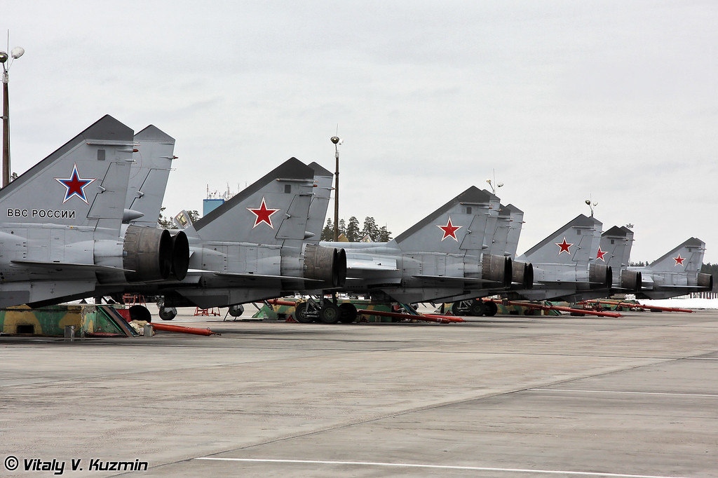 Авиагруппа МиГ-31 на базе Хотилово (MiG-31 at Khotilovo ramp)