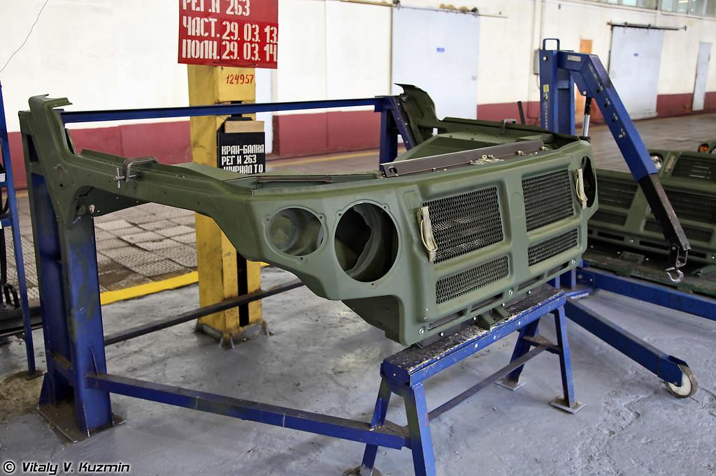 Линия по сборке автомобилей многоцелевого назначения ГАЗ-233114 Тигр-М (Assembling of GAZ-233114 Tigr-M)