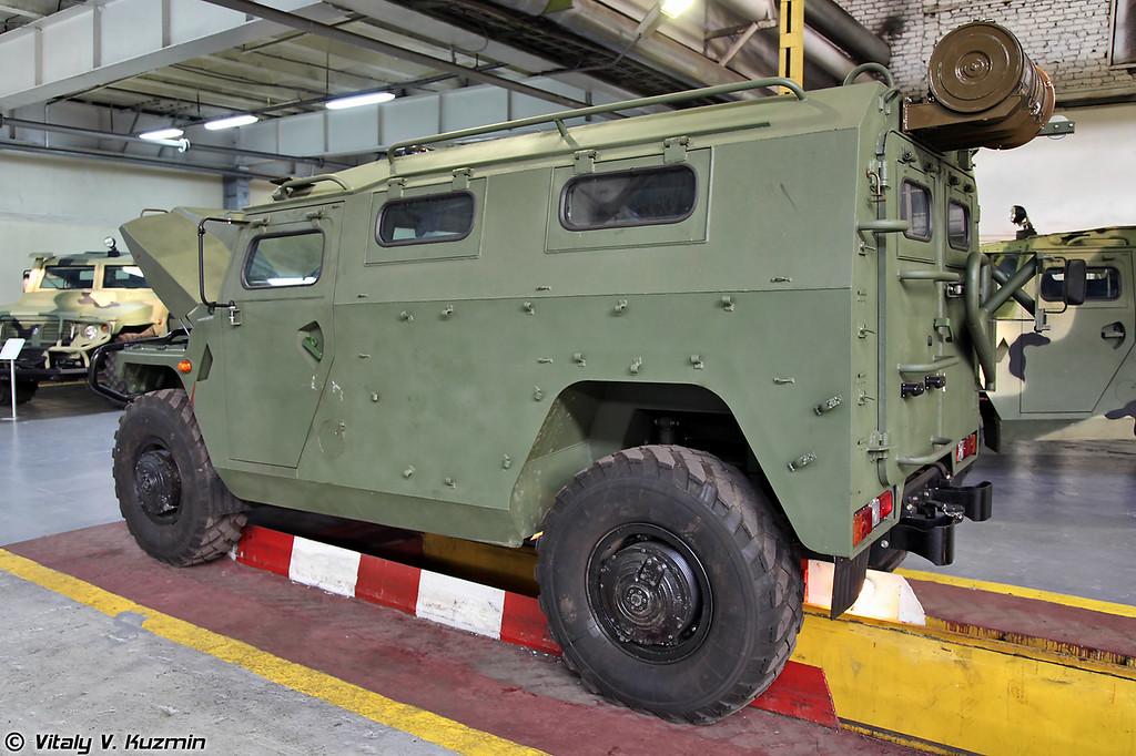Автомобиль многоцелевого назначения ГАЗ-233114 Тигр-М с разных ракурсов (GAZ-233114 Tigr-M)