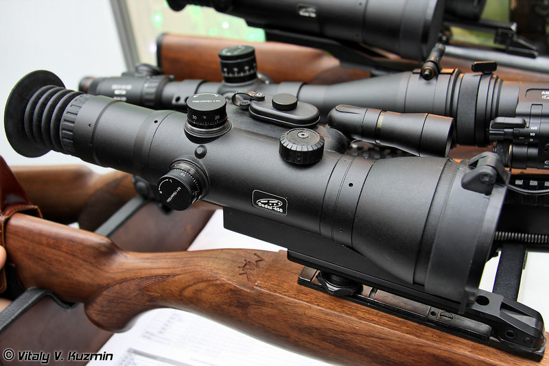 Ночной прицел Dedal-450 (Dedal-450 night vision scope)